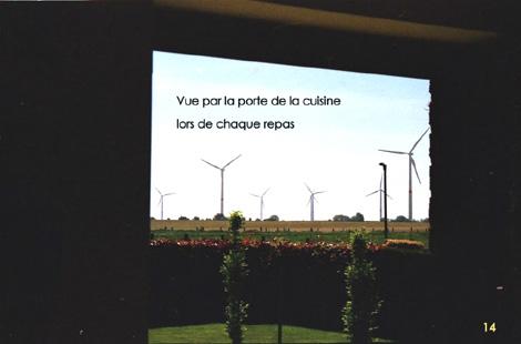 Eoliennes à Perwez: vue imprenable sur les 9 éoliennes depuis la cuisine