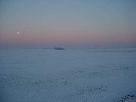 La plaine de Boneffe sous - 10° ce 10 janvier 2009 au coucher su soleil