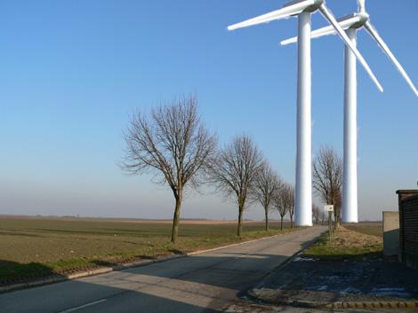 Photomontage: les éoliennes #1 & #2 à la sortie de Folx-les-caves