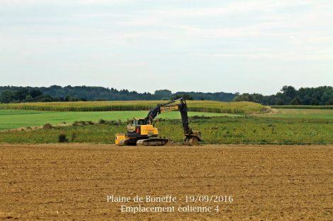 Début des travaux du parc éolien de la Plaine de Boneffe (Eneco Wind Belgium - Septembre 2016)